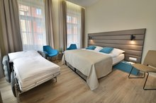 EA Hotel New Town - double room with extra bed